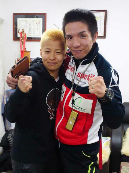 花形冴美選手(左)と木村章司トレーナー(右)