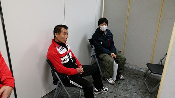(左)花形進会長 (右)大平剛選手