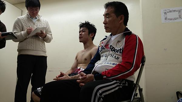 (左)大平剛選手、(右)花形会長